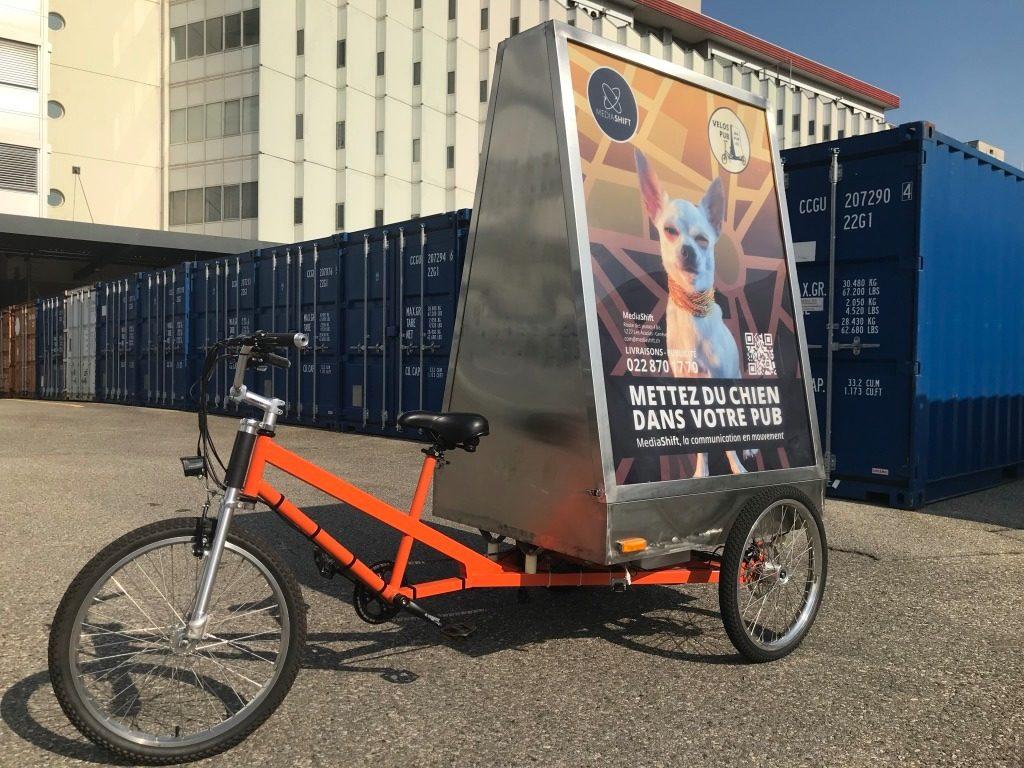 vélo électrique MediaShift publicitaire et de livraison